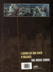 Zombies t.3 ; précis de décomposition - 4ème de couverture - Format classique
