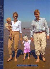 Filip, Mathilde, Elisabeth Et Gabriel - Intérieur - Format classique