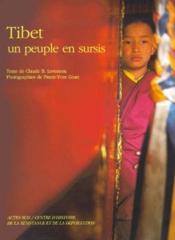 Le tibet, un peuple en sursis - Couverture - Format classique