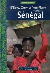 N'Deye, Oury et Jean-Pierre vivent au Sénégal - Intérieur - Format classique