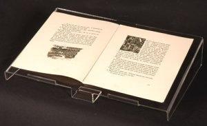 lutrin en altuglass mod le pupitre pour livre d 39 or pour format a4. Black Bedroom Furniture Sets. Home Design Ideas