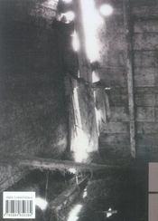 Derrière la porte basse - 4ème de couverture - Format classique