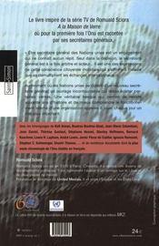 À la maison ; l'onu de verre et ses secrétaires généraux - 4ème de couverture - Format classique