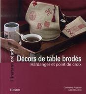 Décors de table brodés ; hardanger et point de croix - Intérieur - Format classique