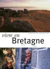 Vivre En Bretagne - Couverture - Format classique