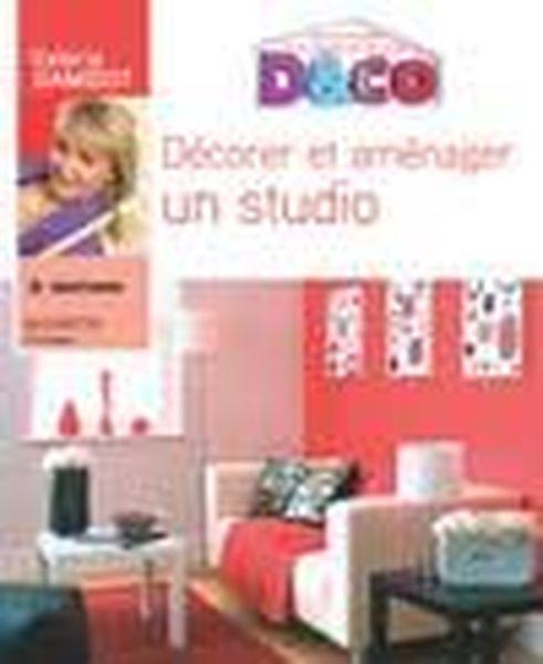 livre d corer et am nager un studio val rie damidot avec la collaboration r dactionnelle de. Black Bedroom Furniture Sets. Home Design Ideas