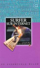 Un surfer sur internet - Intérieur - Format classique