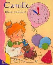 Camille fête son anniversaire - Intérieur - Format classique