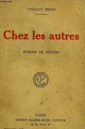 Chez Les Autres. - Couverture - Format classique