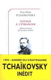 Voyage A L'Etranger - Couverture - Format classique