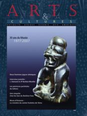 Revue Arts Et Cultures N 8 30 Years Of The Museum 1977 - Couverture - Format classique