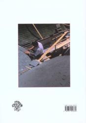 Traité de couverture traditionnelle ; histoire, matériaux, techniques - 4ème de couverture - Format classique