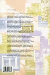 Enfin chez soi... réhabilitation de préfabriques - 4ème de couverture - Format classique