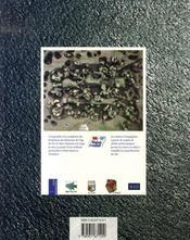 Archéologie d'une île à la pointe de l'europe : ouessant - 4ème de couverture - Format classique