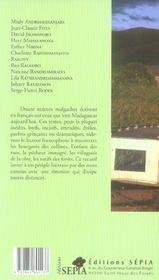 Chroniques de Madagascar - 4ème de couverture - Format classique