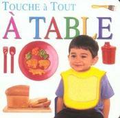 A table - Intérieur - Format classique