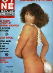 Cine Revue - Tele-Programmes - 57e Annee - N° 47 - La Barricade Du Point Du Jour - Couverture - Format classique