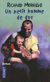 Un Petit Homme De Dos - Intérieur - Format classique