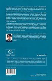 Migrants irreguliers : acces aux droits sociaux minimaux - 4ème de couverture - Format classique