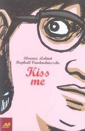 Kiss me - Intérieur - Format classique