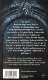 Les chroniques de la tour t.2 ; la malédiction du maître - 4ème de couverture - Format classique