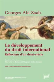 Le développement du droit international ; réflexions d'un demi-siècle - Couverture - Format classique