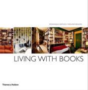 Living with books (paperback) - Couverture - Format classique