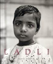 Ladli [inde] - Intérieur - Format classique