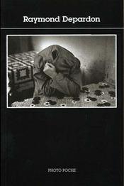 Raymond depardon n 81 - Intérieur - Format classique