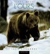 Vivre Avec L'Ours - Couverture - Format classique
