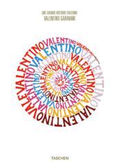 Valentino ; une grande histoire italienne - Couverture - Format classique