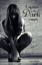 Captive in the dark - Couverture - Format classique