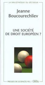 Une societe de droit europeen - Intérieur - Format classique