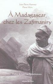 A madagascar - chez les zafimariny - Intérieur - Format classique