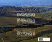 En pays kirghize ; visions d'un familier des monts célestes - 4ème de couverture - Format classique