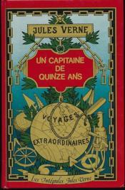 Un Capitaine De 15 Ans - Couverture - Format classique