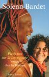 Pieds nus sur la terre rouge ; voyage chez les Himbas