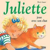 Juliette joue avec son chat - Intérieur - Format classique