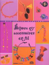 Bijoux Et Accessoires En Fil - Intérieur - Format classique